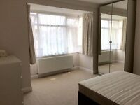 Modern Spacious Double Room - Available Now