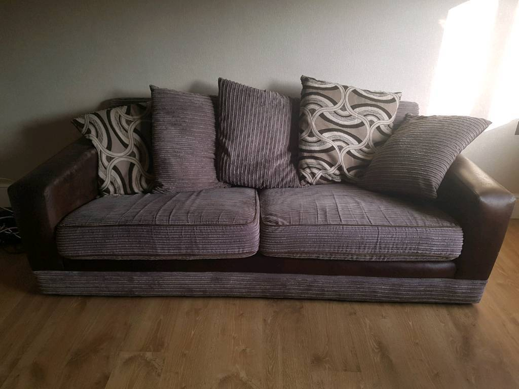 3 Amp 2 Fabric Sofas For Sale In Paisley Renfrewshire Gumtree