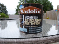 11 Litres of High Quality Sadolin Superior Flexible Paint for Wood in Pale Blue