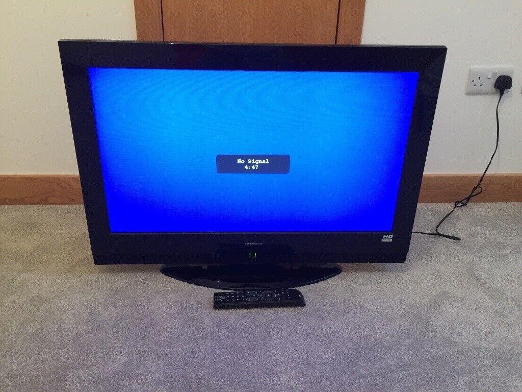 """Hitachi 32"""" HD LCD 720p TV"""
