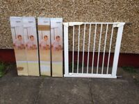Baby Dan Flexifit Metal Safety Gate with 4 Brand New Extentions
