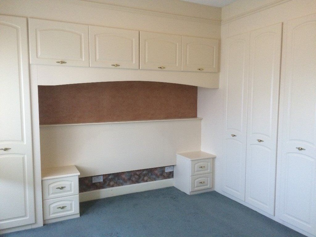 fitted wardrobes over bed cupboards in dingwall. Black Bedroom Furniture Sets. Home Design Ideas