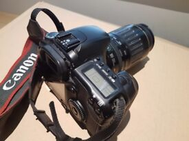Canon EOS30D Digital SLR with Zoom lens