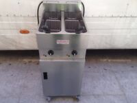CATERING COMMERCIAL VALENTINE FRYER TWIN TANK MODEL FAST FOOD RESTAURANT KITCHEN