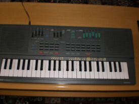 Yamaha Electronic Keyboard PSS460 £50