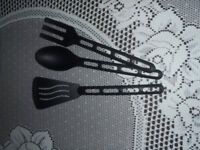 SET OF 3 KITCHEN UTENSILS