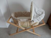 Mamas and Papas Moses baby basket with stand