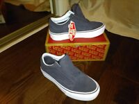 Vans platform trainers size 4