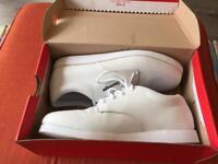 Bowls shoes size 9