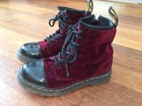Dr Martens Infant Girls Size 10 (poss 9 too) Cherry Red Velvet Pooch boots