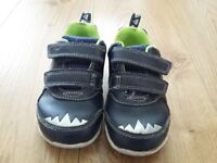 Toddlers shoes size 5.5G and 6G