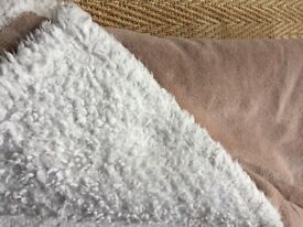 FAUX SHEEPSKIN SOFT WARM BLANKET OR THROW BY HERITAGE