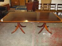 Stunning Harrods Mahogany Dining Table with Extension and 5 Chairs