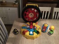 VTECH TOOT TOOT DRIVERS TYRE CARRY CASE WITH 11 VEHICLES TOY BUNDLE
