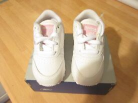 Toddlers Reebok Trainers, girls, size uk 4.