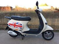Vespa ET2 50cc Scooter 2001 - Classic Piaggio Moped - 12M MOT, New Parts, Rare Number Plate