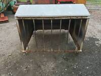 Iae 4ft lamb creep feeder with shelter
