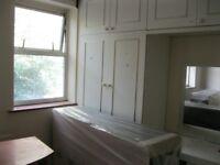 Single room in Isleworth, Summerwood