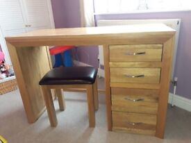 Bevel Solid Oak Dressing Table