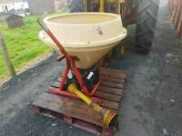 Tractor three point linkage pto driven vicon wagtail fertiliser spreader