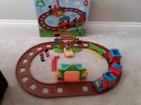 ELC HAPPYLAND, TOYS TRAIN SET, WITH SOUNDS& ACCESSORIES LIKE NEW STILL BOXED