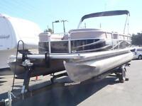 2012 smokercraft Sun Chaser 8522 Pontoon Boat with Trailer