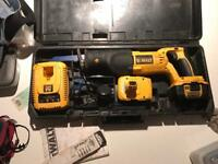 Cordless Dewalt recipe saw 18v 2ah lithium battery
