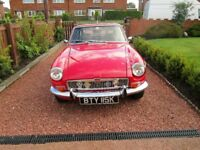 MGB GT 1972 in Red
