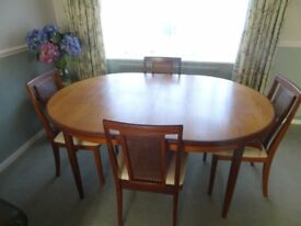 Vintage oval G Plan dining table and 4 chairs