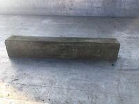 Concrete kerb edging