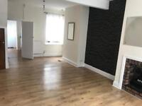 Chanterlands Av/Princess Av: Spacious 2 Bed House for Rent *Guarantor needed