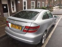 59 reg mercedes clc auto,silver leather seat,air condition,one year mot,220 cdi.
