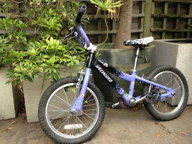Childs Specialized bike for sale age 4 to 7 years approx