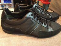 Men's size 9 Hugo boss shoes