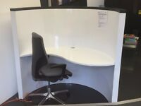 White (gloss) curved office/computer desk (chair not included)