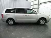 2014 Kia Sedona LX /WE HAVE THE ONLY 2014 PRE-OWNED IN MANITOBA!