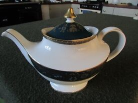 Royal Doulton Carlyle. Fine Bone China Teapot £55 located in Blurton