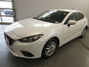 2015 Mazda Mazda3 Sport GS- BACK-UP CAM! ALLOYS! HEATED SEATS!