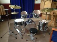 5 Piece Pearl Drumkit with Sabian Cymbals