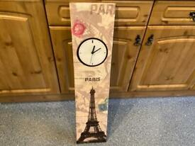 STUNNING PARIS canvas picture with fully working clock. IMMACULATE CLEAN CONDITION Thanks 😊