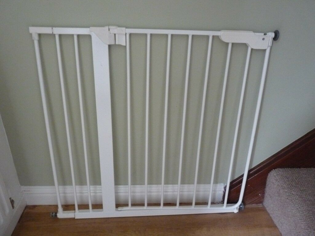 Adjustable Stair Gate For Sale In Rosyth Fife Gumtree