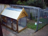 Chicken Coop and run combined Insulated roof and high quality suitable for 4 hens size 6x3x5