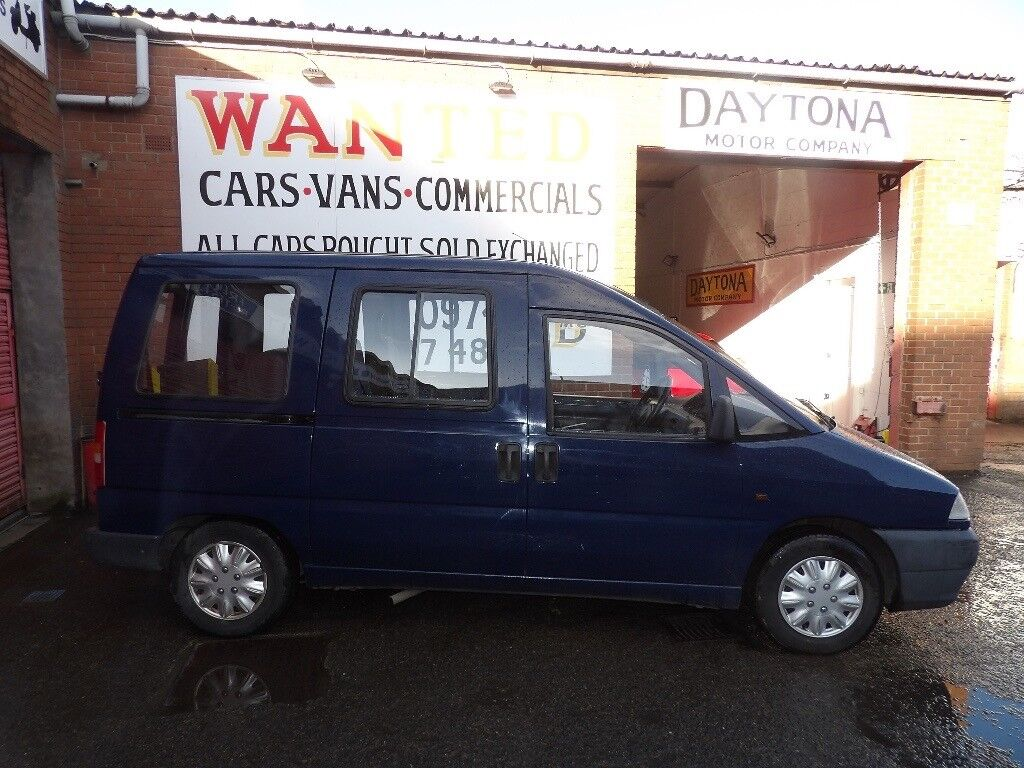 Peugeot Expert Diesel Mobility Van with Ramp and Electric Winch Low Mileage Long Mot