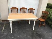 Rustic farmhouse well built dining table & chairs, bargain free delivery