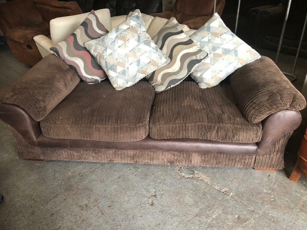 Enjoyable Harveys Dark Brown Fabric Sofa Is Very Comfy In Didsbury Manchester Gumtree Cjindustries Chair Design For Home Cjindustriesco