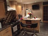 single room for a girl in harlow