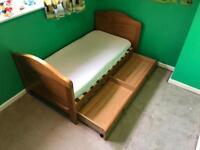 Winnie the pooh Cot bed and Toy chest