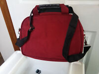 Asus 1225b Eee PC netbook (red) - with carry bag.