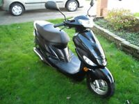 PEUGEOT V CLIC 50 EVP 2 BLACK MOPED SCOOTER IMMACULATE CONDITION