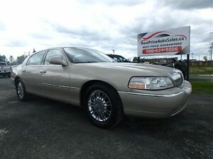 2009 Lincoln Town Car SIGNAURE SERIES!! LIMITED!!